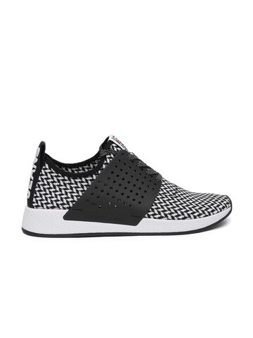 Tommy Hilfiger Men White & Black Check Knit Sneakers Tommy Hilfiger Casual Shoes at myntra
