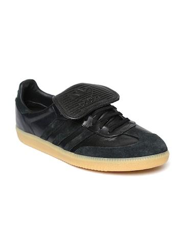 Adidas Originals Men Black SAMBA RECON Leather Casual Shoes Adidas Originals Casual Shoes at myntra