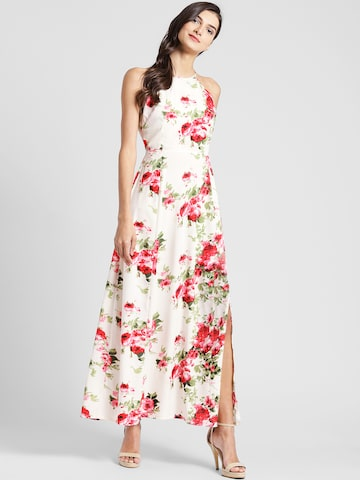 plusS Women Off-White Floral Print Maxi Dress plusS Dresses at myntra