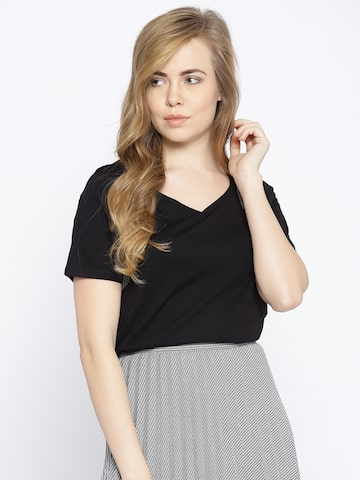 Vero Moda Women Black Solid V-Neck T-shirt Vero Moda Tshirts at myntra