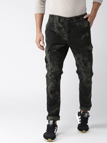 Superdry Men Black & Green Regular Fit Printed Cargo Trousers Superdry Trousers at myntra