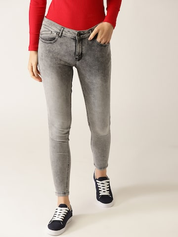 United Colors of Benetton Women Grey Washed Jeggings United Colors of Benetton Jeggings at myntra