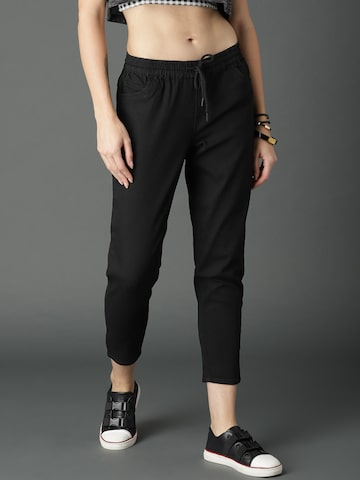 Roadster Women Black Jogger Slim Fit Mid-Rise Clean Look Stretchable Cropped Jeans Roadster Jeans at myntra