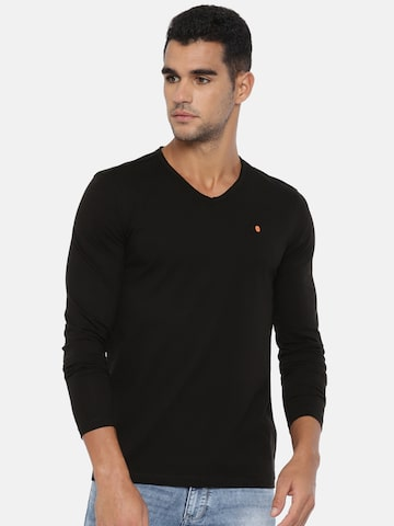 SPYKAR Men Black Solid T-shirt SPYKAR Tshirts at myntra