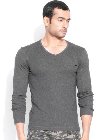 Flying Machine Charcoal Grey T-shirt at myntra