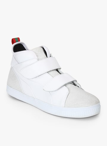 Play Strap Gcc Off White Sneakers Puma Casual Shoes at myntra