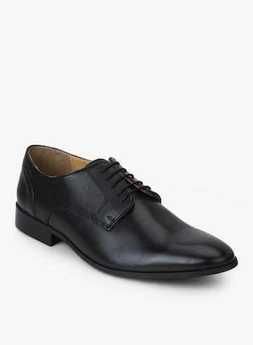 Delerious Black Formal Shoes Steve Madden Formal Shoes at myntra