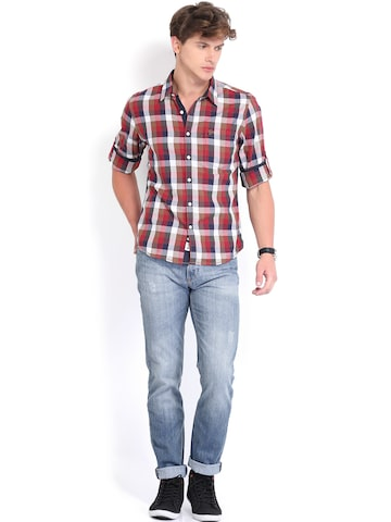 Roadster Checked Shelby Slim Fit Shirt Men Red & Navy Vettel at Rs 499 only