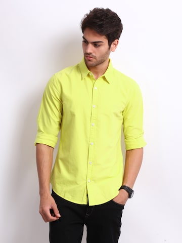 United Colors of Benetton Men Yellow Casual Shirt at myntra