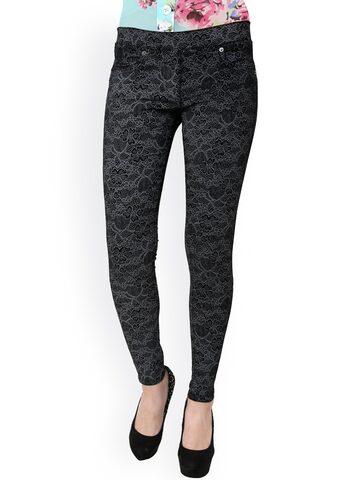 Westwood Women Black Printed Slim Fit Jeggings at myntra
