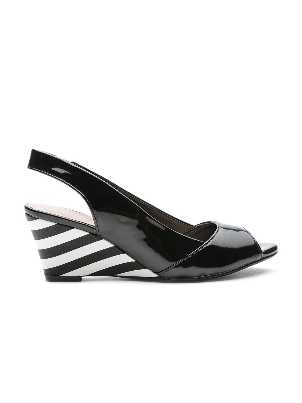 d41472ac322d Carlton london cll-3293-black Women Black Peep Toed Wedges- Price in India