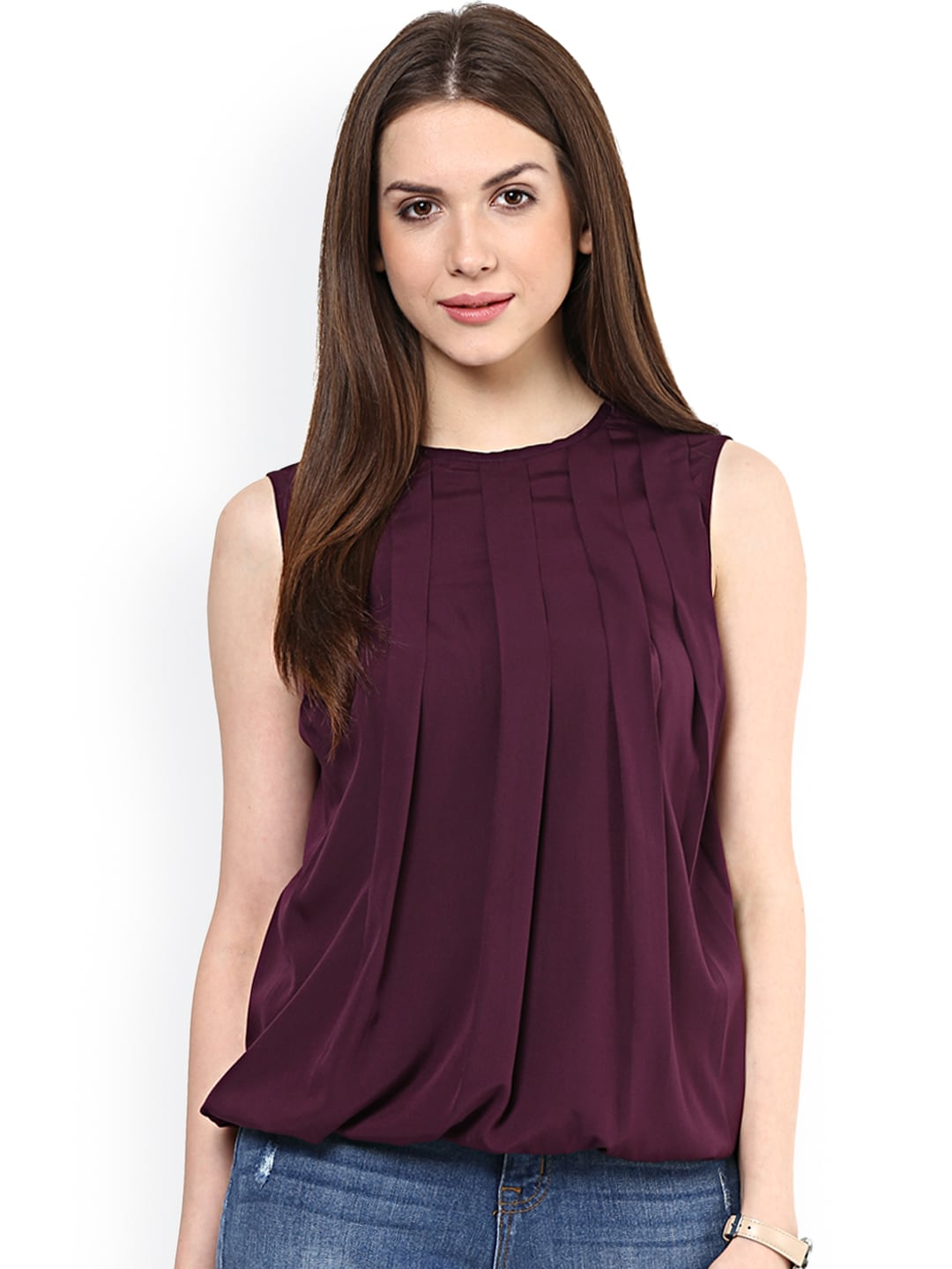 15 Latest Styles In Sleeveless Tops For Women
