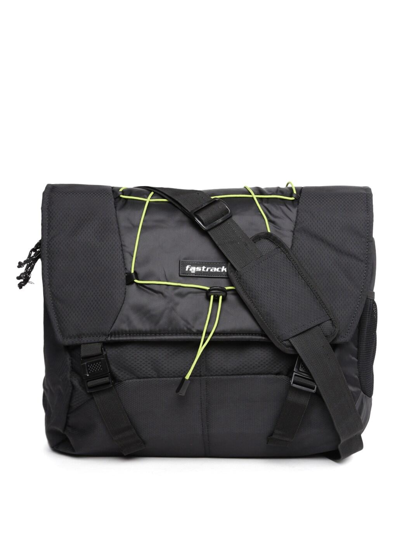 1a043e817c38 Fastrack a0626nbk01 Men Black Messenger Bag - Best Price in India ...