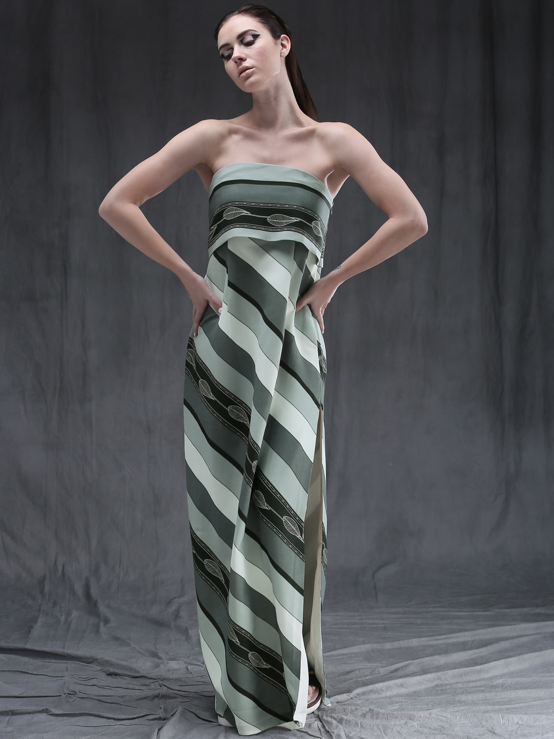 fde34348636 Am pm 99598-apple Green Printed Tube Maxi Dress - Best Price in ...