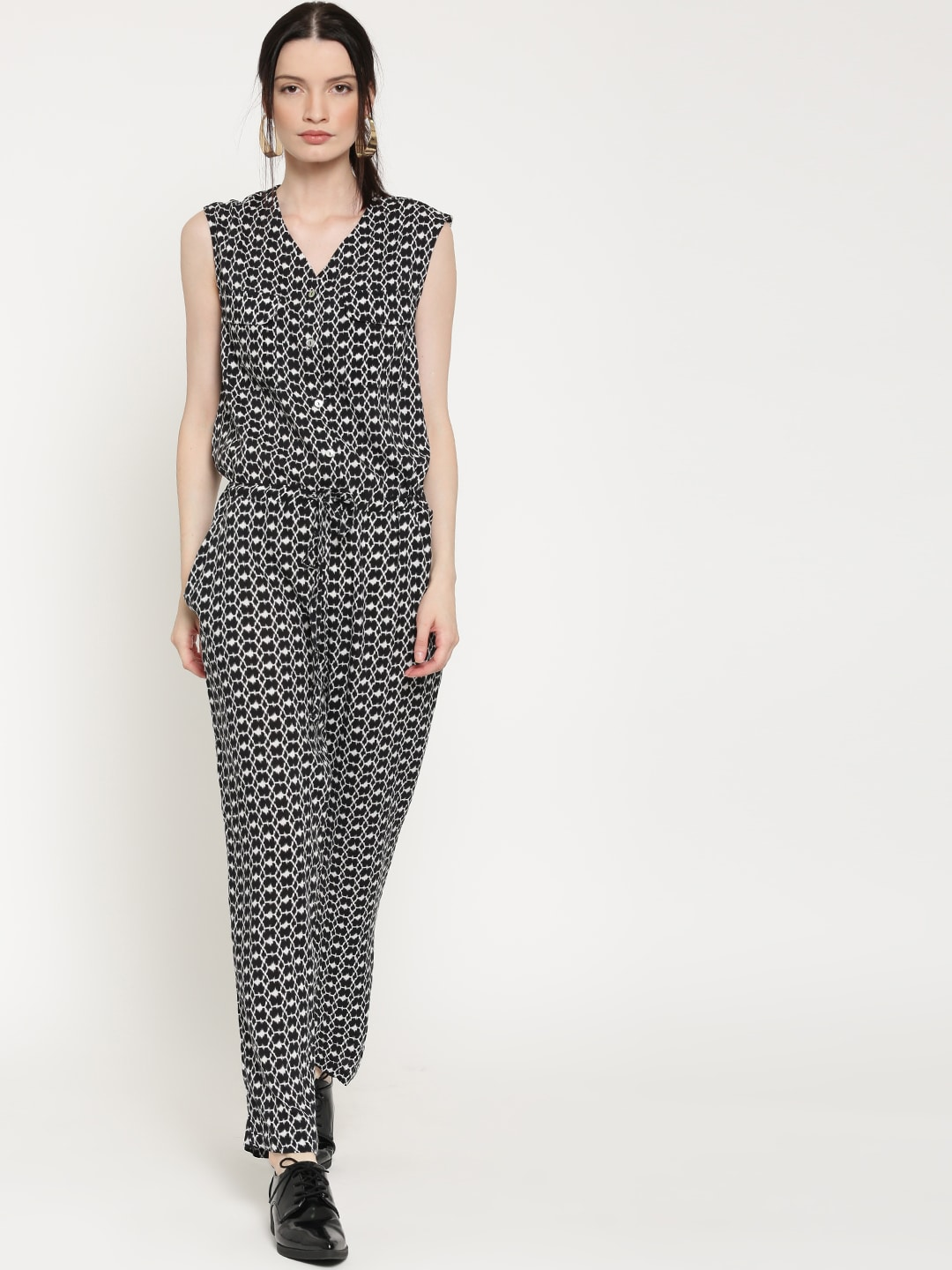188e53fddfff Forever 21 129849-black-cream Black And White Printed Jumpsuit- Price in  India