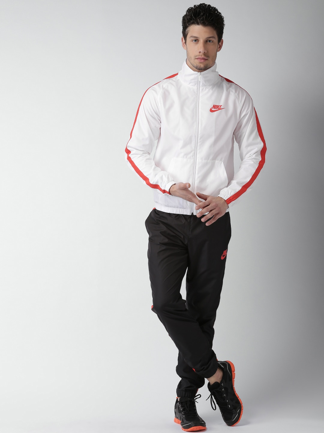 b54beee3dc Nike 832847-101 Men White And Black As M Nsw Tracksuit- Price in India
