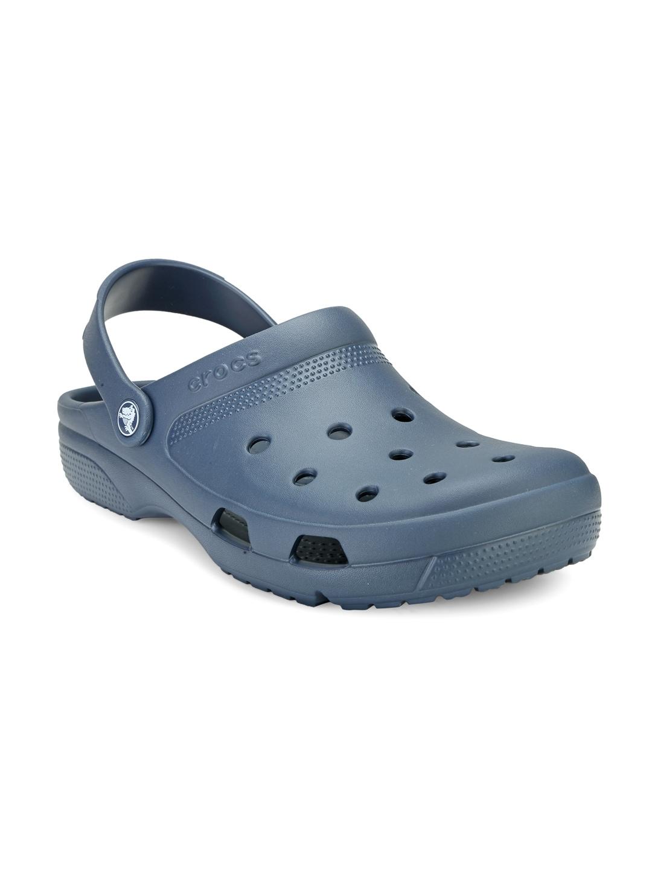 827d9192e Buy Crocs Men Olive Green Printed Camo Clogs - Flip Flops for Men ...