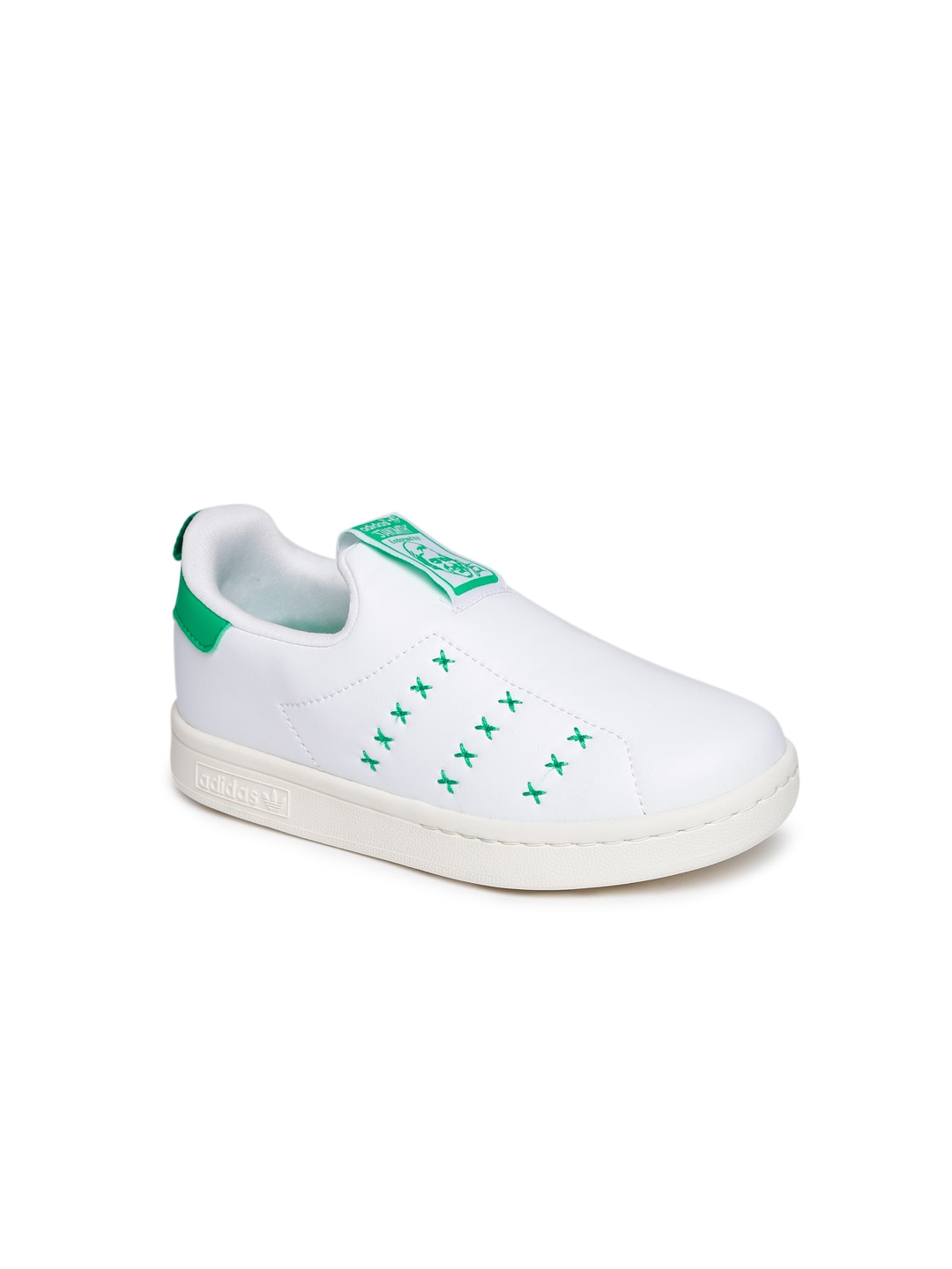 Buy Puma Kids White Leather Turin II AC PS Sneakers - Casual Shoes ... cab329ed6
