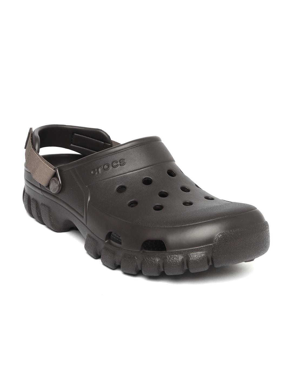 e051b5033a145 Buy Crocs Unisex Black Carbon Graphic Solid Clogs - Flip Flops for ...