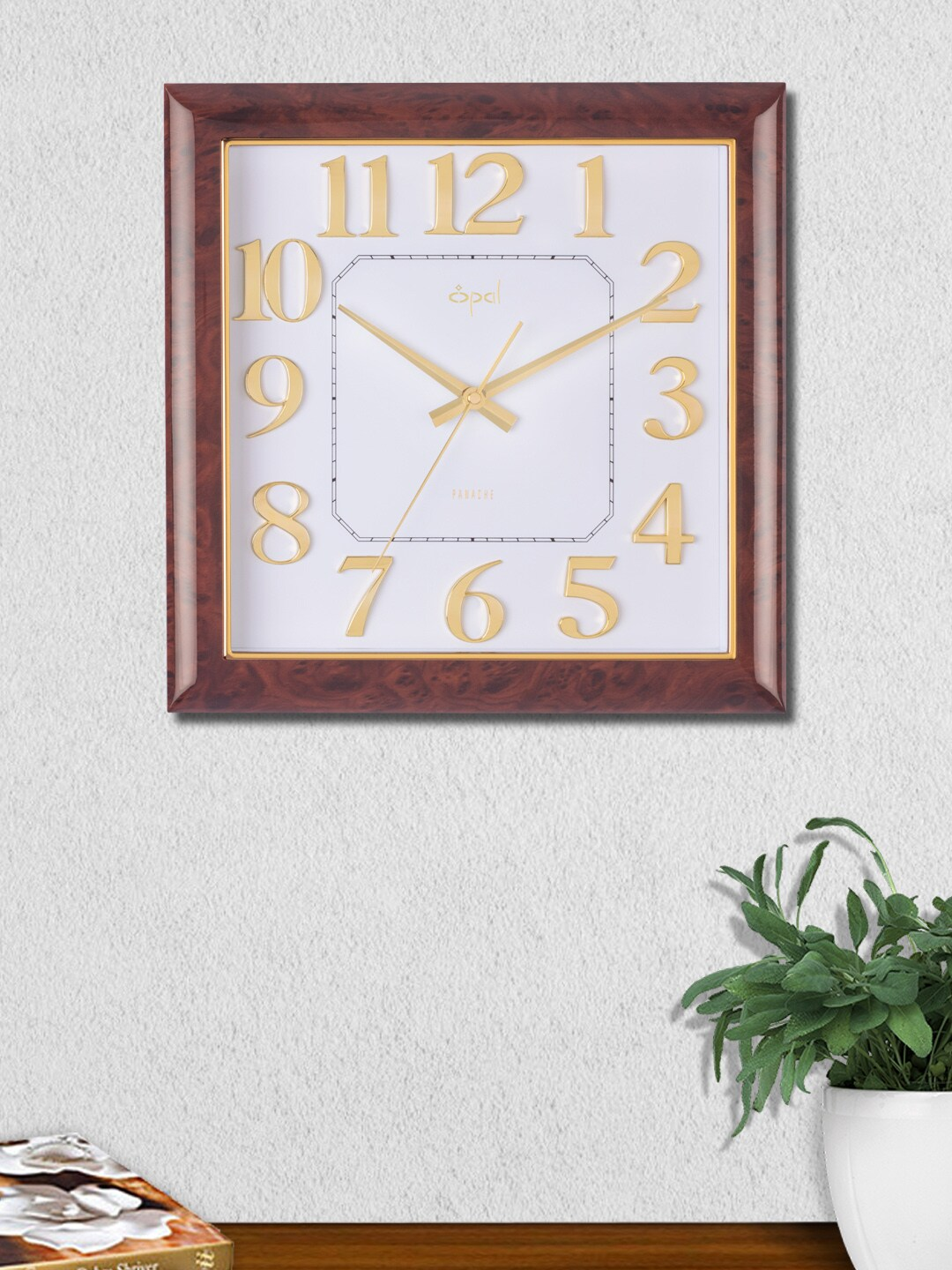 Buy Opal Red Round Solid 40 Cm Analogue Wall Clock Clocks For