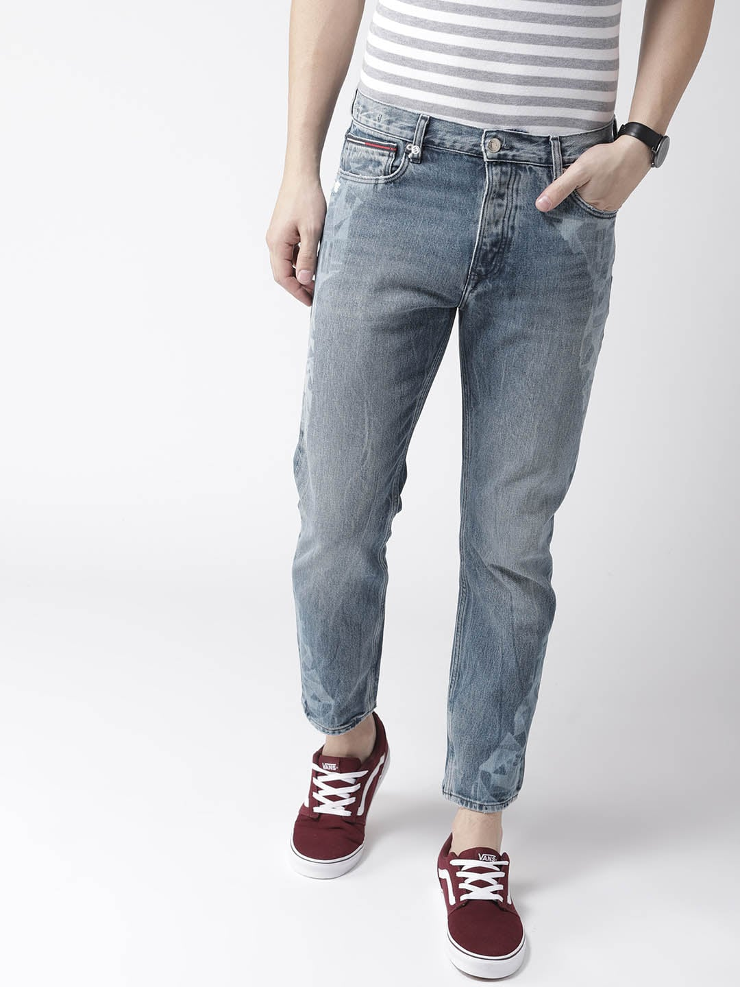 321e2dbe6826 Tommy Hilfiger Men Blue Ryan Straight Fit Mid-Rise Clean Look Stretchable  Jeans