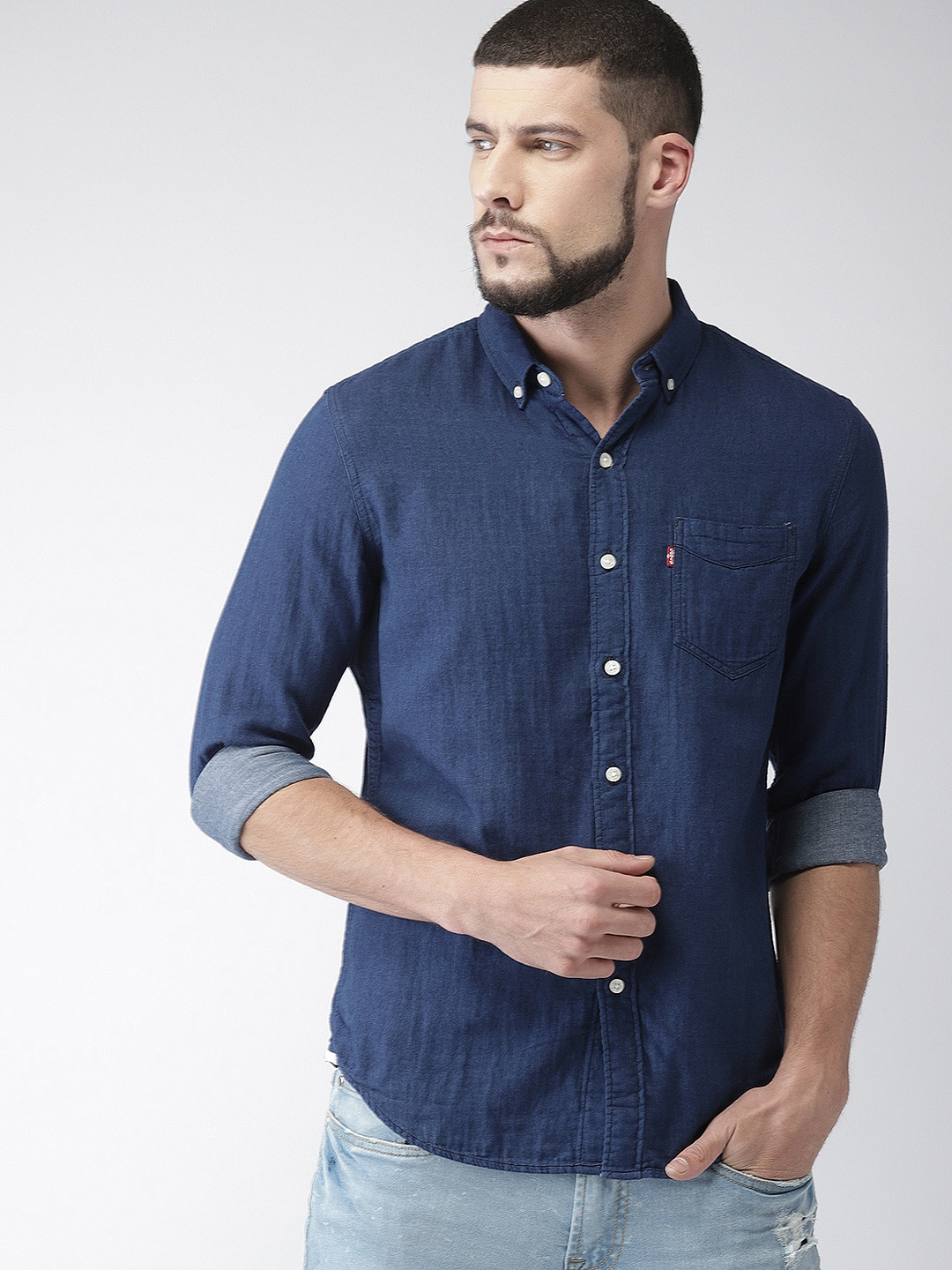d4fbf301c6 Buy Levis Men Blue Slim Fit Solid Chambray Casual Shirt - Shirts for ...