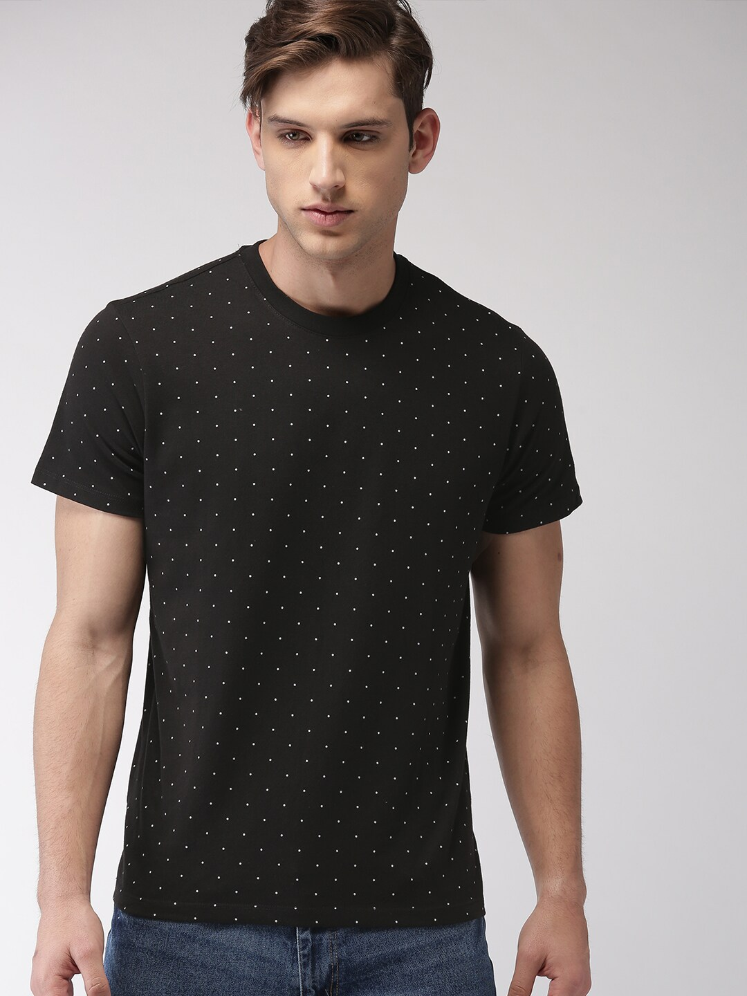 9f6586c54c2 Buy FOREVER 21 Men Black   White Polka Dot Print Round Neck T Shirt ...