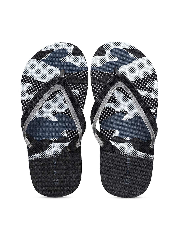 36781a119c61c Buy GAP Boys Blue Solid Thong Flip Flops - Flip Flops for Boys ...