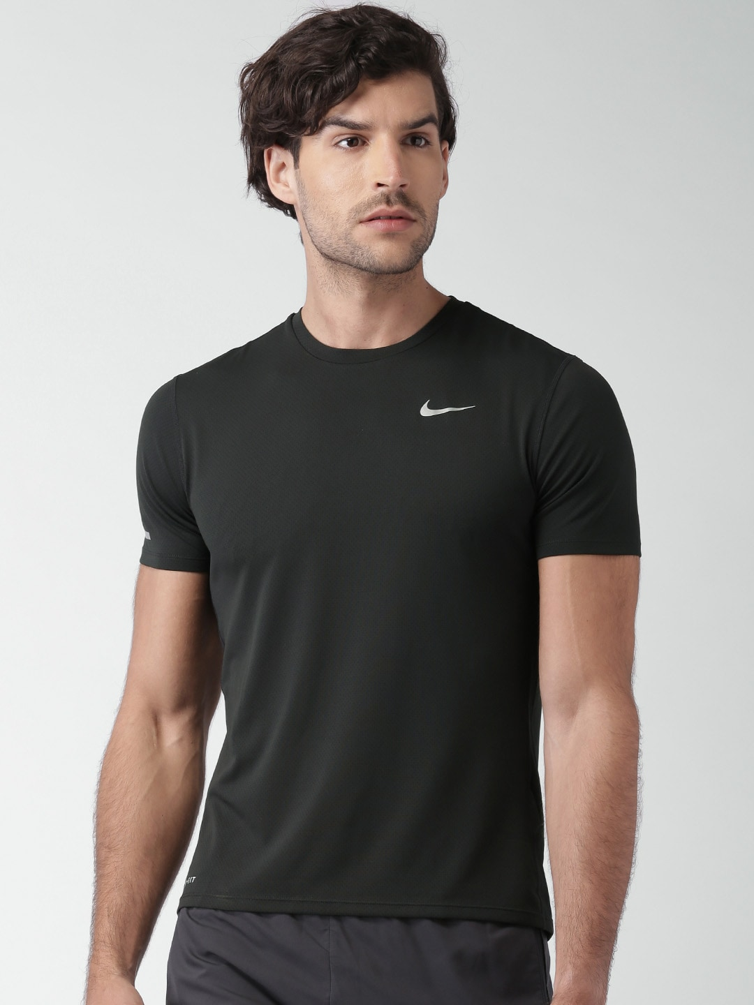 f30924cc46a7 Nike Shirt Price In India - DREAMWORKS