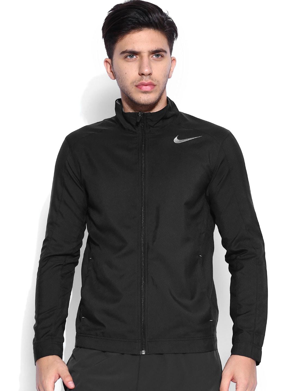 16cf8396eff9 Nike 688494-010 Black Polyester Jacket - Best Price in India
