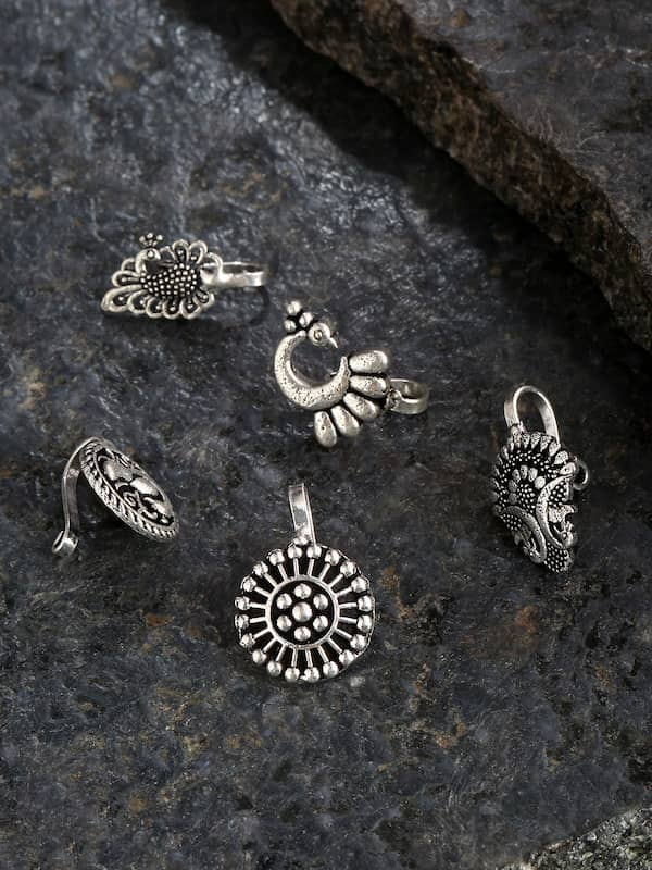 Nose Pin Buy Trendy Nose Pin Online In India Myntra