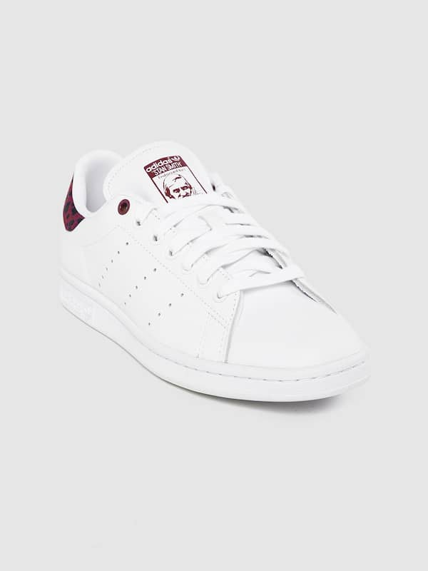 heroína Península Regularmente  Adidas Stan Smith Sneakers - Buy Stan Smith Shoes and Sneakers Online in  India - Myntra