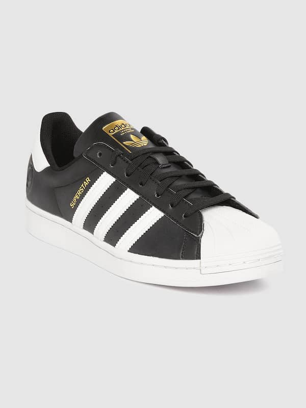 Domar Una efectiva inquilino  Adidas Superstar - Buy Adidas Superstar online in India