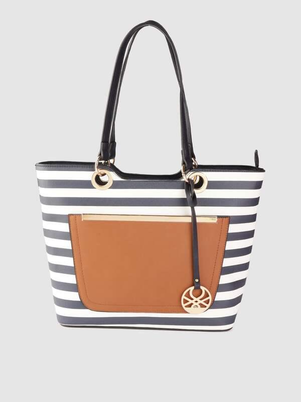 United Colors Of Benetton Handbags