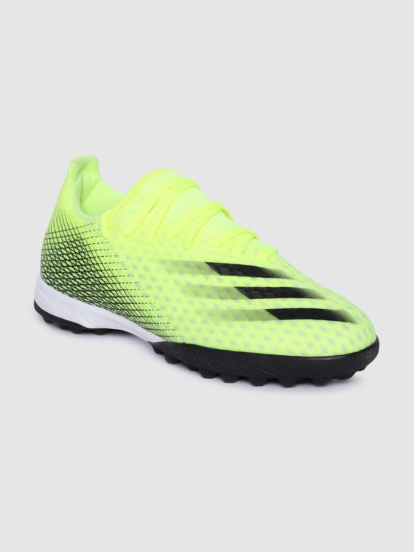 Football Shoes - Buy Football Shoes for Men & Boys Online in India ...