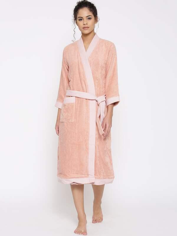 3c29571eb Spaces Bath Robe - Buy Spaces Bath Robe online in India