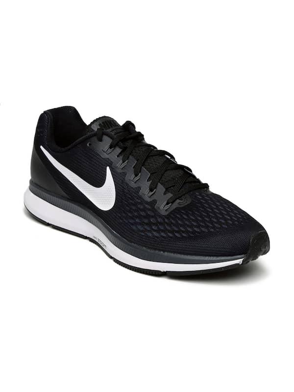 Extra Abundancia Analista  Pegasus Black Sports Shoes - Buy Pegasus Black Sports Shoes online in India