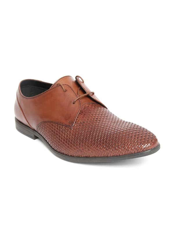 2019 original clear and distinctive for whole family CLARKS - Exclusive Clarks Shoes Online Store in India - Myntra