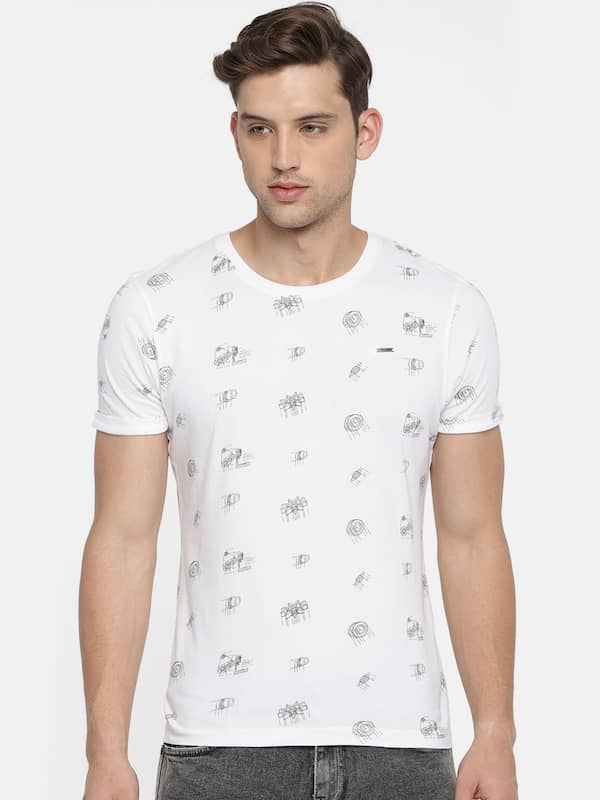 27e22fa7 Wrangler White Tshirts - Buy Wrangler White Tshirts Online in India