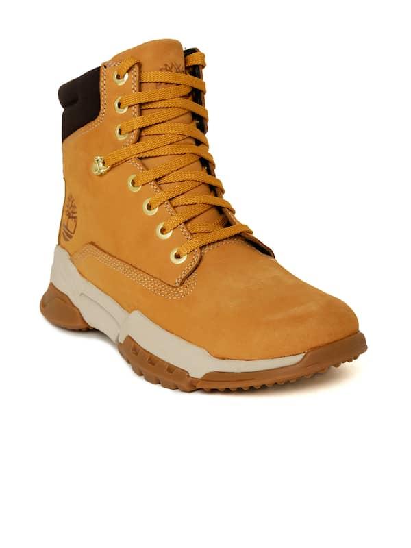 Kent Celda de poder Supone  Men Timberland Flat Boots - Buy Men Timberland Flat Boots online in India