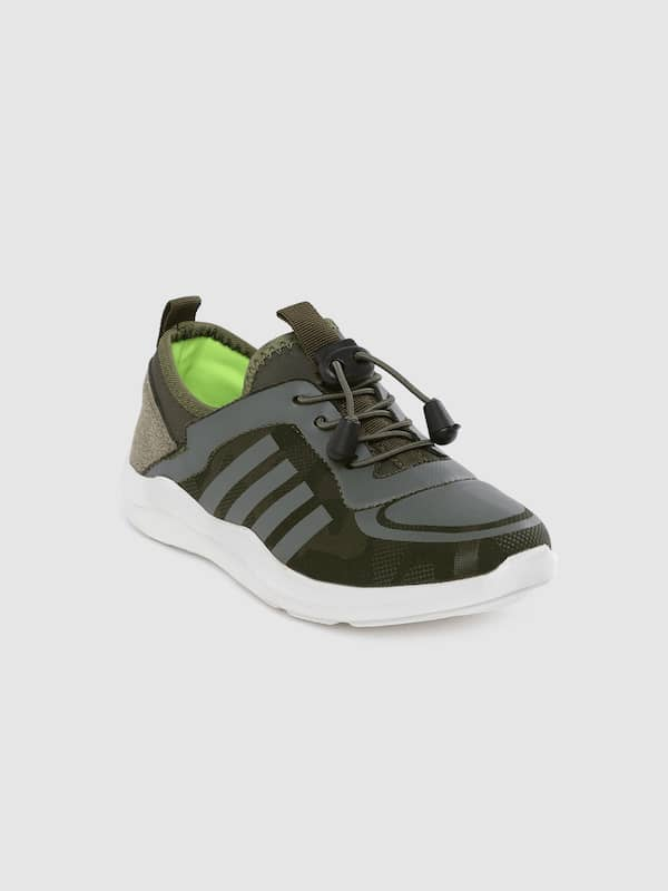 lee cooper casual shoes myntra