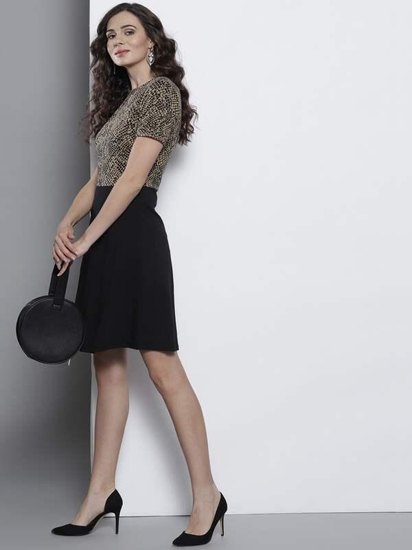 352320f2546 Knee Length Dress - Buy Knee Length Dresses Online in India