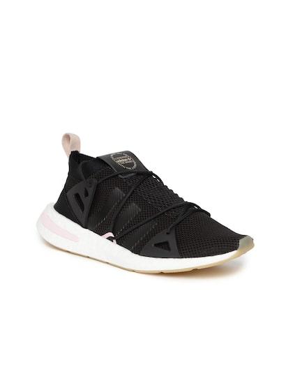 womens adidas black nmd
