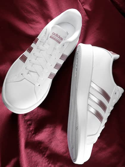 vomen shoes adidas