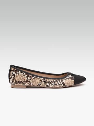 6b649b400e84f Flats - Buy Womens Flats and Sandals Online in India   Myntra
