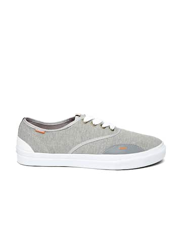 315a6442c6ba0 Men Grey Capris Casual Shoes Perfume And Body Mist - Buy Men Grey ...