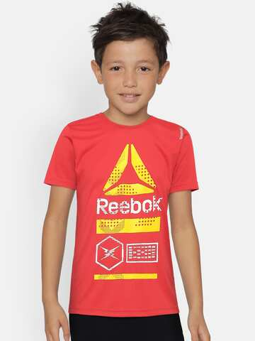 f7fd01fa Reebok Red Tshirts - Buy Reebok Red Tshirts Online in India