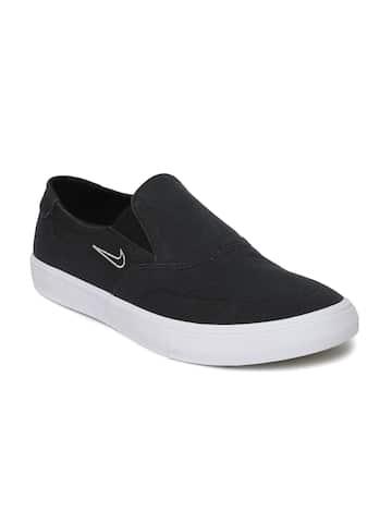 Nike Canvas Shoes  d1fff48c1a18
