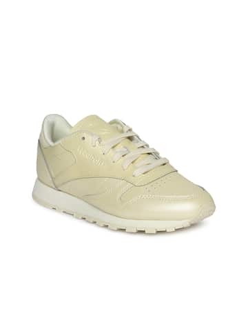 low priced f6853 0d7b7 Women Leather Sneakers