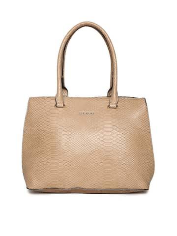 98712eec91 Steve Madden Handbags - Buy Steve Madden Handbags Online in India